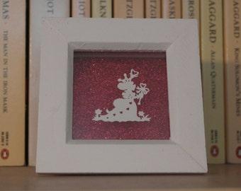 Queen of Hearts. Alice in Wonderland miniature papercut