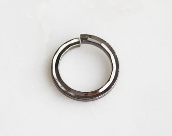 S4-136-1-M] 14mm / Gunmetal plated / Flat Round Jumping / 4 piece(s)