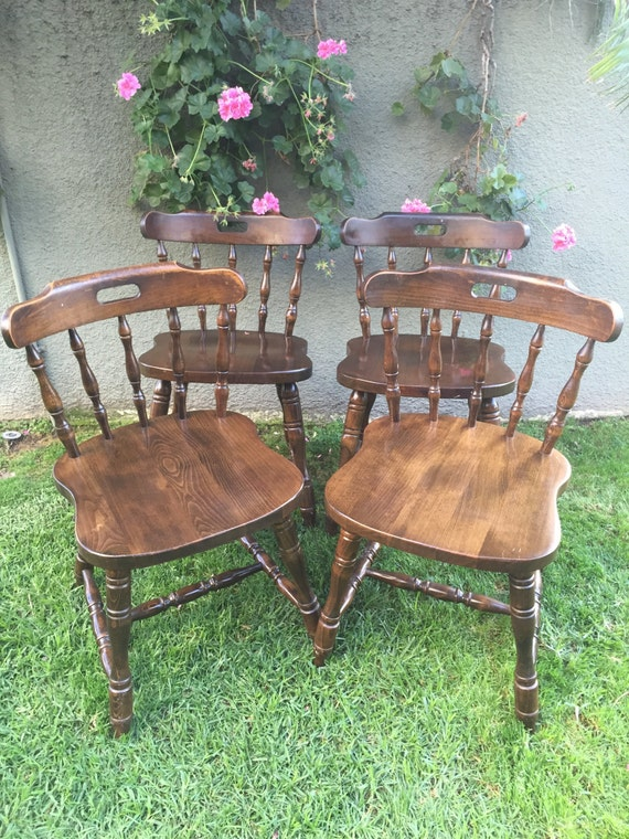 Set Of 4 Four Vintage Spindle Windsor Chairs Beechwood Solid