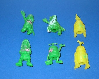 Vintage 1970s Set of 6 Bootleg Star Wars Pencil Toppers