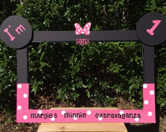 Minnie Mouse inspired photo prop frame