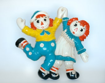 Vintage 1977 Raggedy Ann & Andy Wall Hanging
