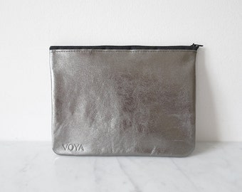 DISCOBAG glitter grey, a little clutch made from leather