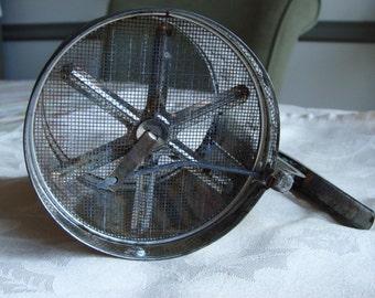 FOLEY VINTAGE Tin Flour Sifter 1950's Vintage Kitchen Baking Shabby Chic Cottage Style