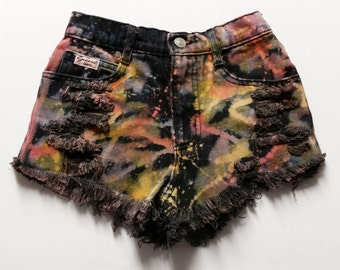 22  inch waist-----High waist Guess tie dyed  shorts High wasited  denim shorts
