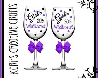 Girl's Weekend Wine Glasses, BFF Glass, Best Friends Weekend, Girl's Getaway, Custom Wine Glass, Friends Wine Glass, Bachelorette Party