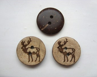 30 x 15mm coconut shell round deer / reindeer embossed 2 hole buttons