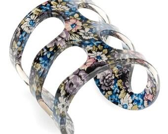 Floral Resin Bangle