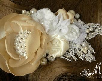 Wedding hair accessory/ Wedding hair flower/ Wedding hair barrette/ Bridal hair accessories/ Bridal hair comb in ivory and white