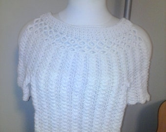 WHITE CROTCHET TOP
