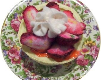 Pretend felt food strawberry shortcake