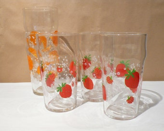 5 tall glasses lemonade or orangeade