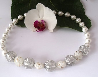 White renaissance beads and glass beads necklace