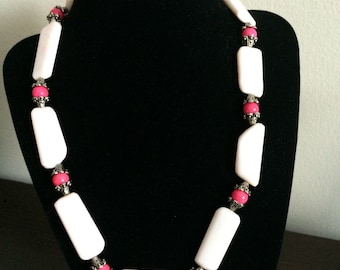 Stone pink necklace