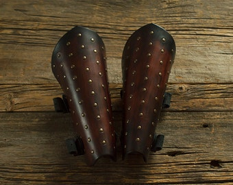 Leather studded cuff / Studded leather bracers