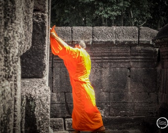 Angkor Wat, Buddhist, Monk, Pictures of Monks, Angkor Wat Art, Home Art, Fine Art Photography | Angkor Wat Monk - Siem Reap, Cambodia.