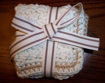 Ivory/Taupe 100% Cotton Crocheted Washcloths (set of 2)