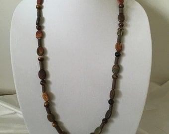 The Necklace of Grounding and Stability