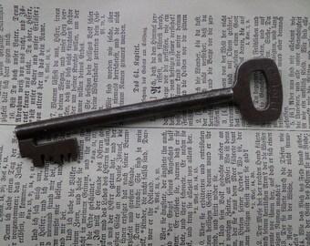 Vintage German Conti Chubbschloss key key