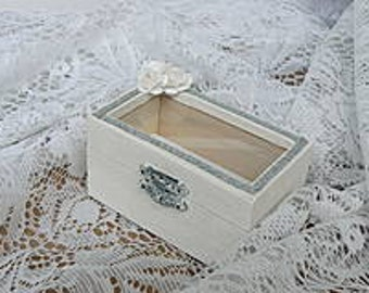 Wooden wedding ring box with glass