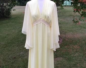 1970's Vintage Yellow Bridesmaid Dress