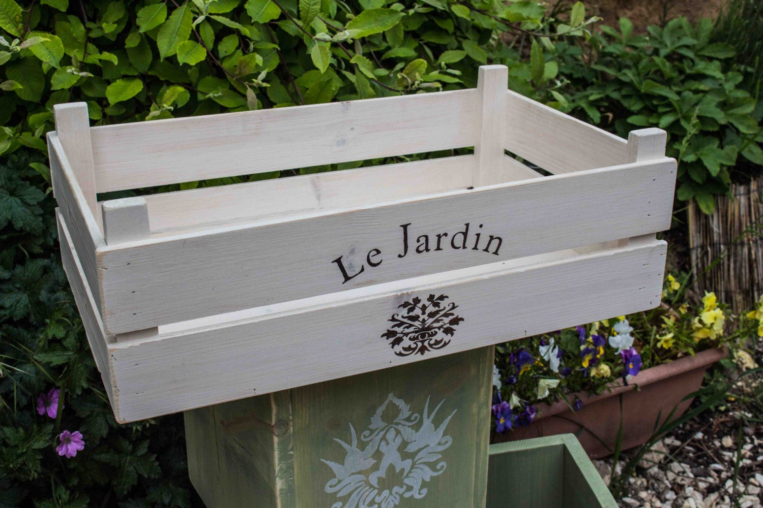 le jardin wooden crate apple crate shabby chic fruit crate. Black Bedroom Furniture Sets. Home Design Ideas