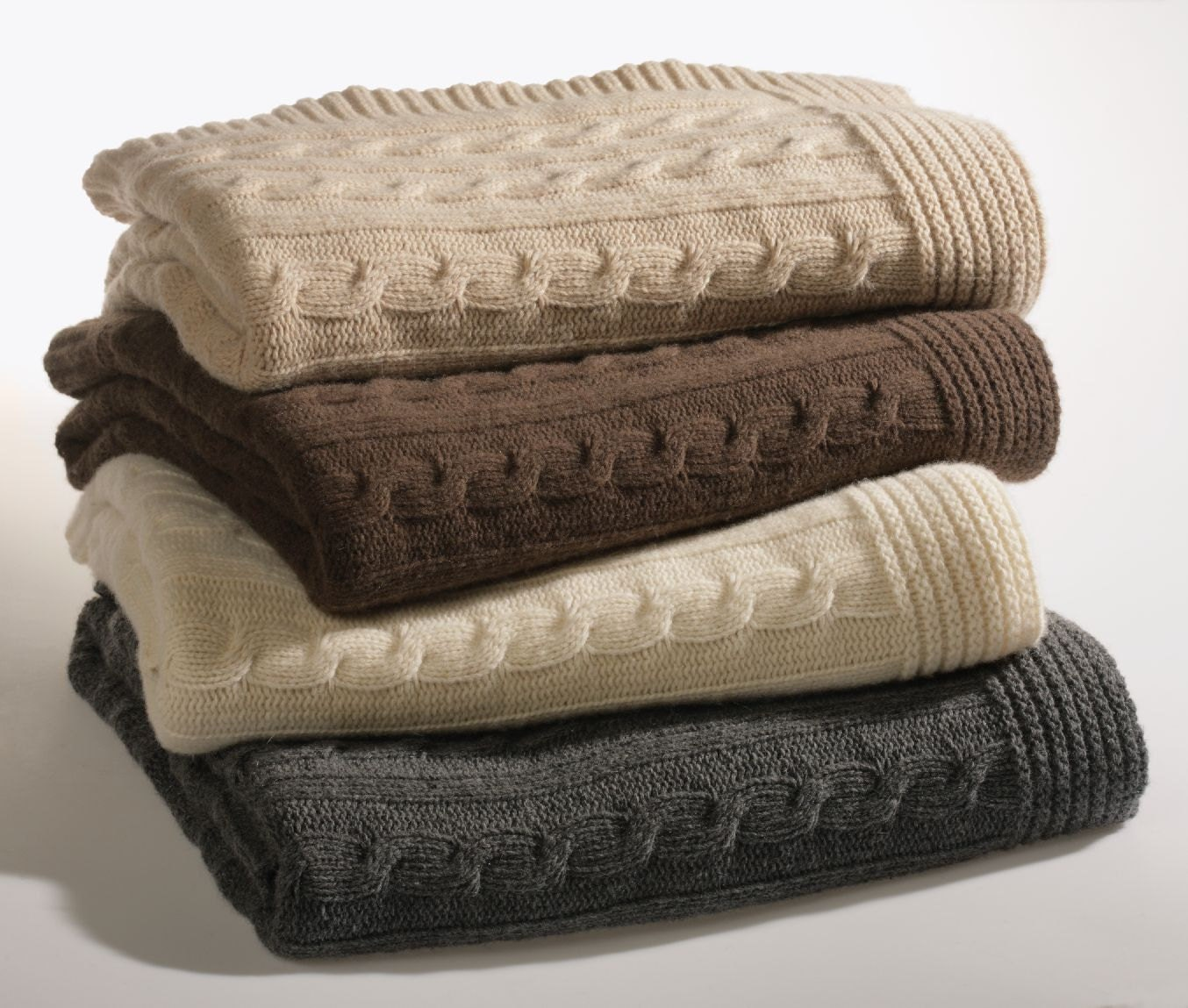 Knitting Pattern Queen Size Blanket : KNITTED Queen Size Winter Bed Blanket Cashmere and wool with