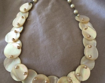 1940's Mother of Pearl disk Choker necklace