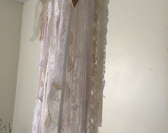 Lace rag tag fabric mobile