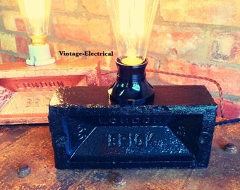 London Black Brick light