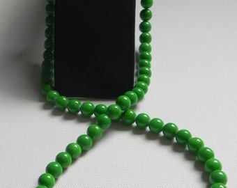 Necklace jade with little hearts in hematite around the silver clasp