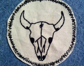 Bull skull outline patch