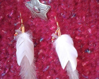 Feather earrings with white feathers and beads