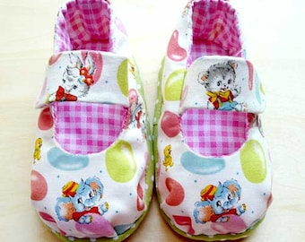 MaryJanes Baby Booties - Gummy Elephant