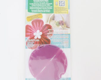 Kanzashi Flower Maker | Clover kanzashi large orchid template tool to make fabric flower embellishments.
