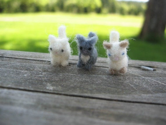 Tiny Needle Felted Miniature Kittens Set in Gray White and Siamese