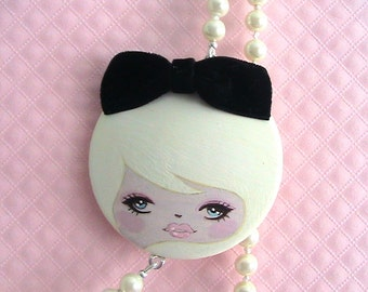 Ivory Doll Face Necklace