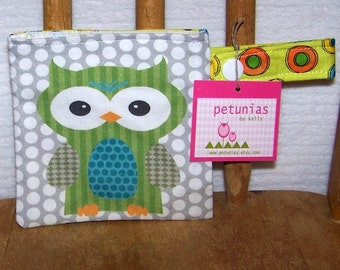 Pacifier Pod -  binky holder owl pouch snap by PETUNIAS