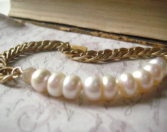 Pearl Bracelet, Vintage Chain, Textured Links, Gold Chain, Button Pearls, Vintage Chain, 14k Gold Fill Wire