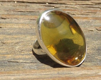 Columbia Green Amber ring - sterling silver - handmade - green amber- size 9