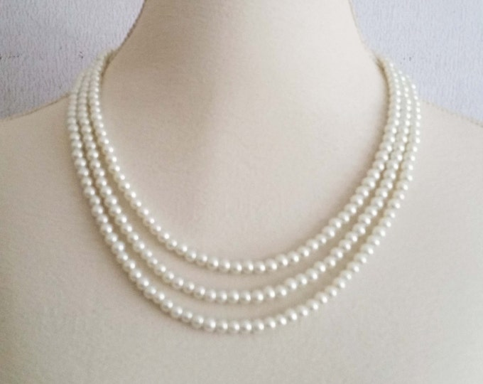 Ivory Pearl Necklace Classic 3 layers