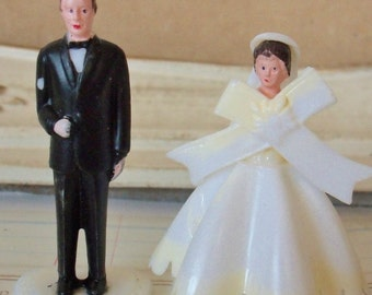 Vintage / Wedding Cupcake Toppers / Miniature Bride and Groom / Set of Two / Pedestal Included / Kitschy