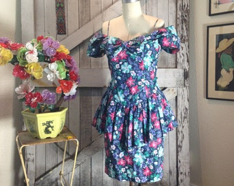 1980s floral peplum dress 80s summer dress size small Vintage off the shoulders sundress