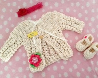 Beautiful crocheted Cardigan for baby girl 0-3 months pearl color, coordinated shoes and headband