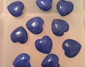 Set of 10 dark blue 13mm heart shaped glass beads