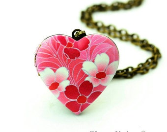 1pcs Pink Flower Heart Locket Necklace, Floral Heart Locket Charm Pendant, Antique Bronze Brass Locket - HLK908L