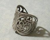 Adjustable Silver Floral Ring, Floral Filigree Ring, Wrap Ring
