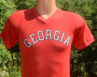 vintage 80s t-shirt university of GEORGIA bulldogs uga football jersey v-neck mesh tee Small bike red