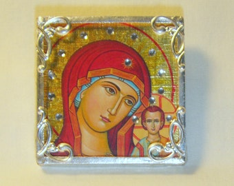 Bejeweled Virgin Mary in Red Pin & Pendant Russian Icon inv1156