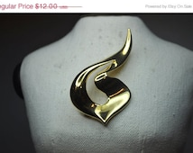 ON SALE M.J. Ent,  M Jent Vintage Large Gold Abstract Swirl Brooch, Big, Bold 80's Gold!  #a208
